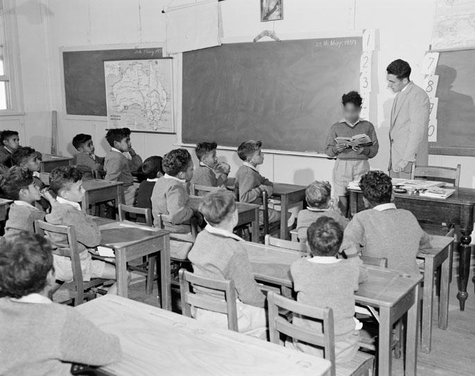 Una classe nell'insediamento aborigeno di Kinchela, 1959.